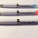 Bolígrafo Blanco con Fluorescente, Mi Confianza Está en Dios, Prov. 3:5-6